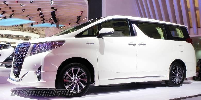 Toyota Alphard Hybrid di GIIAS 2015