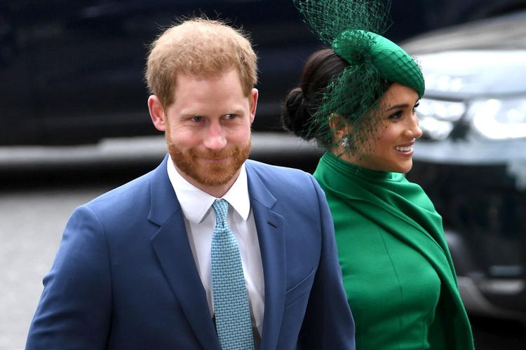Pangeran Harry (kiri) dan Meghan (kanan), Duke and Duchess of Sussex, saat tiba di perayaan Commonwealth Service di Westminster Abbey, London, Inggris, 9 March 2020.