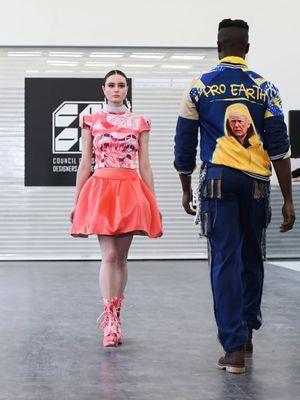 Koleksi kapsul dari 2Madison Avenue yang dipamerkan di Pekan Mode New York 2020.