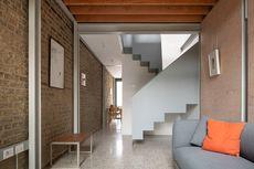 Viral, Inspirasi Desain Rumah Kecil Selebar 2,8 Meter di Dalam Gang!