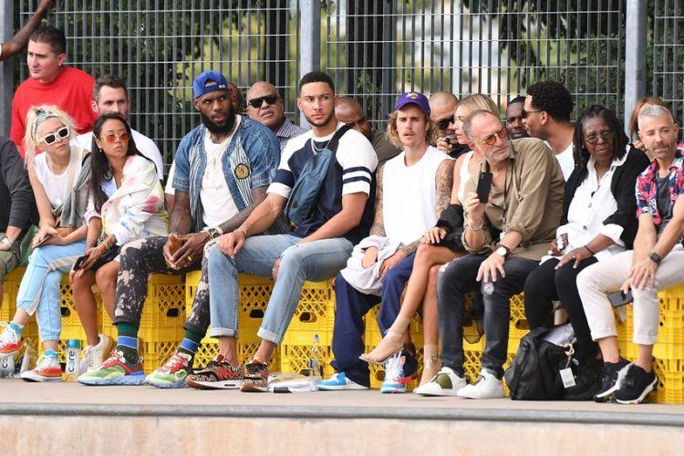 LeBron James, Ben Simmons hingga Justin Bieber saat peragaan busana John Elliot di New York Fashion Week