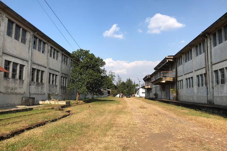 Komplek gudang kereta yang dibangun zaman Belanda akan disulap menjadi ikon wisata baru di Kota Bandung. Tempat yang menggabungkan unsur klasik dan kekinian ini ditargetkan selesai 2021.