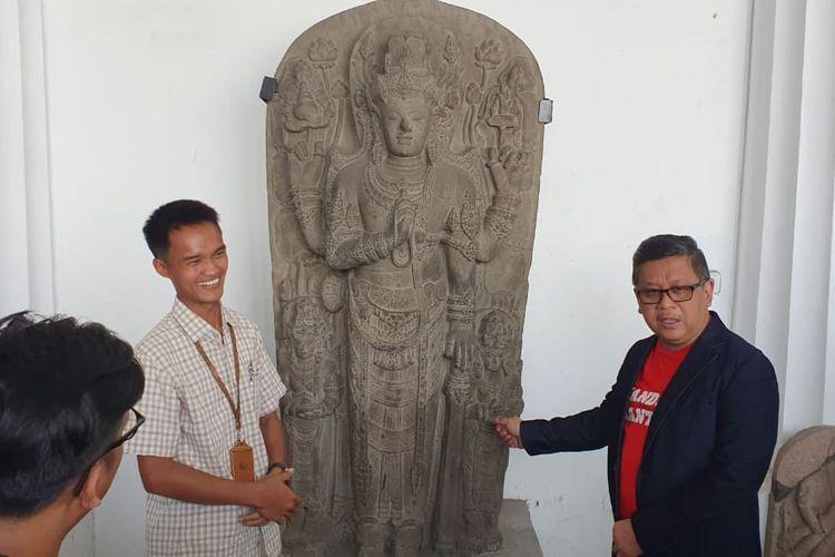 Sekjen PDI-P Hasto Kristiyanto datangi Museum Nasional.