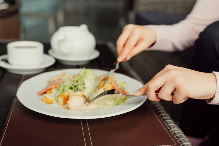 Sarapan untuk diet yang ideal terdiri dari kombinasi makanan tinggi protein, rendah lemak tak sehat, kaya serat, dan rendah kalori.