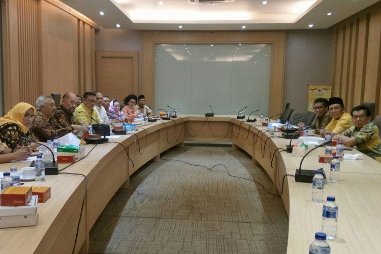 Pertemuan antara Dewan Pakar Golkar dengan perwakilan DPD Golkar di Kantor DPP Golkar, Slipi, Jakarta, Jumat (8/12/2017)