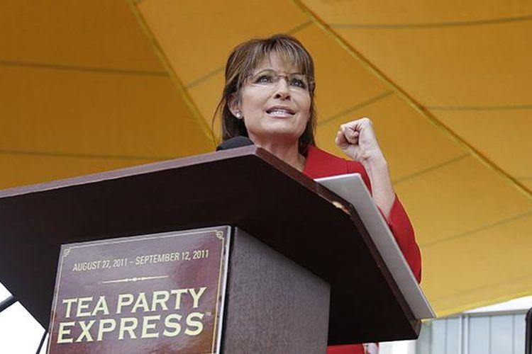 Mantan calon wakil presiden AS dan Gubernur Alaska Sarah Palin, berbicara di Tea Party Express Rally di Manchester, 5 September 2011.