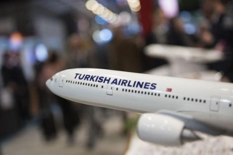 Replika pesawat Turkish Airlines