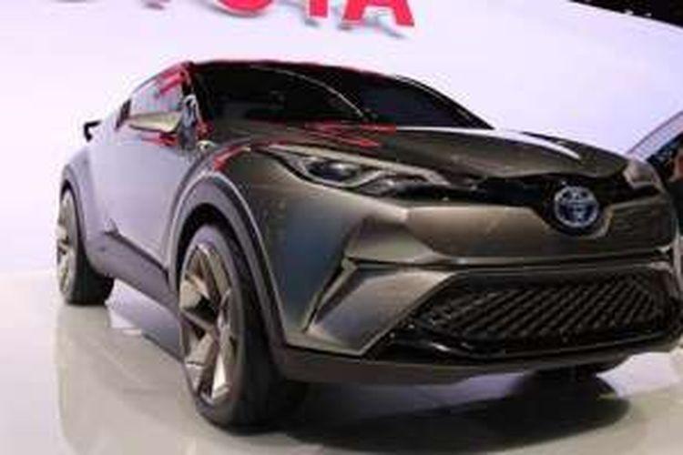 Toyota C HR di Geneva Motor Show 2016