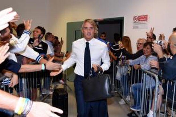 Pelatih Inter Milan, Roberto Mancini.