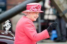 Selalu Dibawa, Ternyata Ini Rahasia di Balik Tas Mungil Ratu Elizabeth II