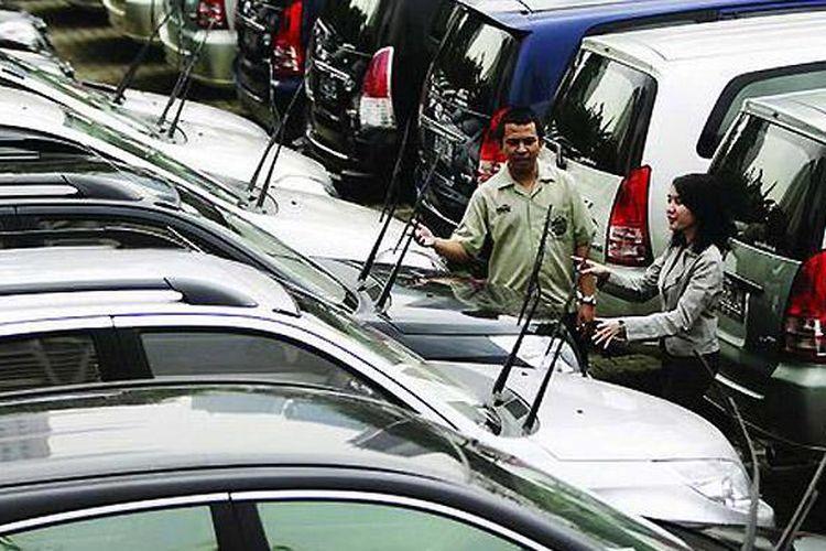 Persewaan mobil Astra Rent a Car, menawarkan solusi sewa mobil di kampung halaman.
