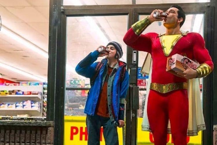 Penampilan aktor Zachary Levi sebagai Shazam!