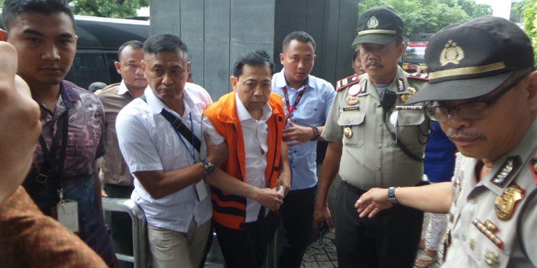 Setya Novanto tiba di Gedung Pengadilan Tipikor Jakarta, Rabu (13/12/2017).