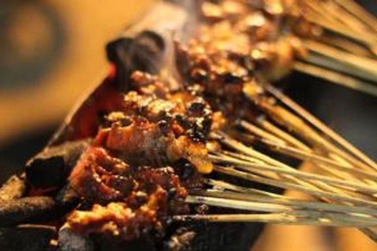 Hidangan Sate Kere, di Jalan Goden km 7, Dusun Gesikan, Kelurahan Sidomulyo, Kecamatan Goden, Kabupaten Sleman.