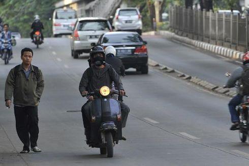 Sepeda Motor Bertambah, Kapasitas Jalan Tak Berubah