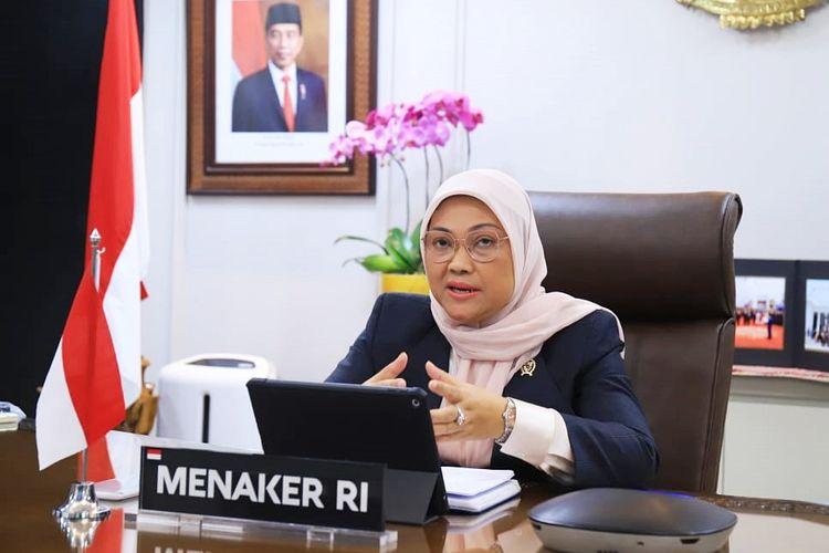 Menteri Ketenagakerjaan (Menaker) Ida Fauziyah memastikan pembuatan kartu kuning atau kartu tanda bukti pendaftaran pencari kerja (AK/I) tidak dipungut biaya alias gratis. Hal tersebut disampaikan Menaker Ida di Jakarta pada Sabtu (19/6/2021).