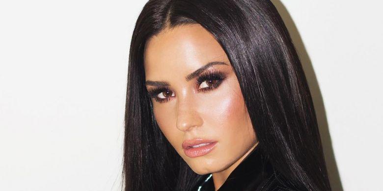 Demi Lovato Pesta Semalam Suntuk Sebelum Overdosis