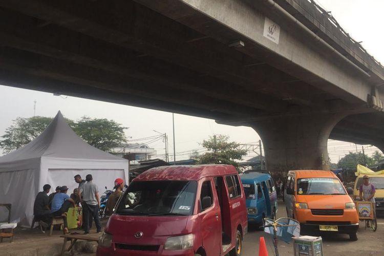 Terminal Depok, Jalan Kemiri Muka, Beji, Kamis (21/3/2019).