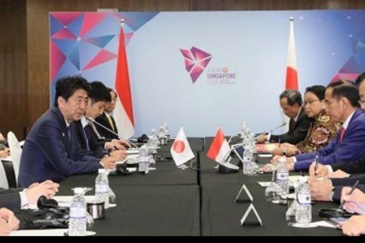 Pertemuan Bilateral Jepang-Indonesia di sela-sela KTT ASEAN (15/12/2018)