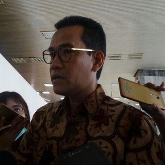 Pakar Tata Hukum Negara Refly Harun di Kompleks Parlemen, Senayan, Jakarta, Selasa (14/11/2017).