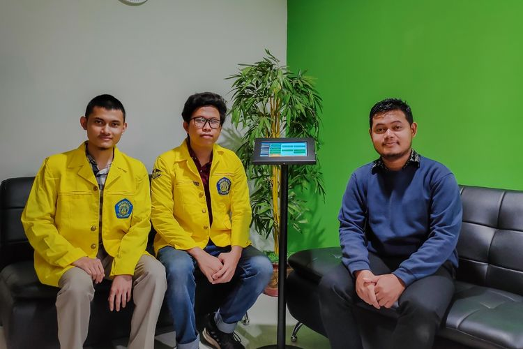 Dosen dan Mahasiswa Fakultas Teknik Universitas Indonesia Membuat Perangkat Lunak Prediksi Risiko Kerusakan Pipa Gas