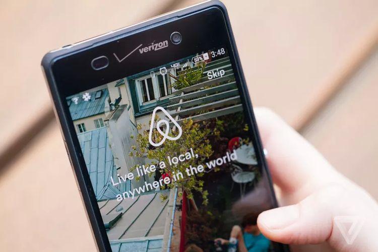 Contoh aplikasi Airbnb.