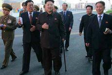 Kim Jong Un Muncul Lagi di Publik dengan Memakai Tongkat