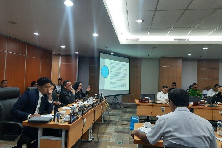 Suasana rapat Komisi E DPRD DKI Jakarta terkait revitalisasi dan Formula E di Monas, lantai 1, DPRD DKI, Rabu (19/2/2020)