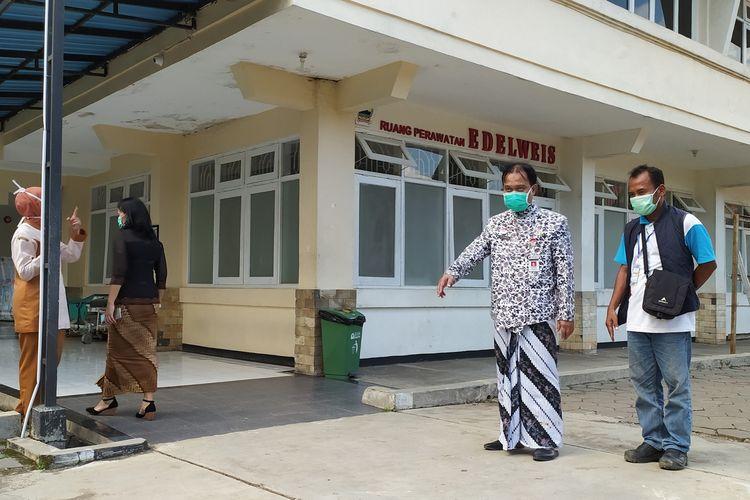 Ruang Perawatan Edelweis akan digunakam sebahai ruang isolasi covid-19 di RSUD Margono Soekarjo (RSMS) Purwokerto, Jawa Tengah, Kamis (26/3/2020).