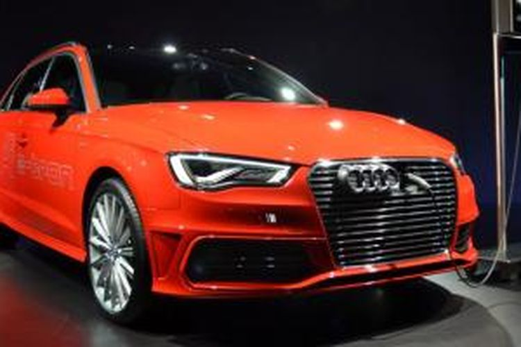 Audi mulai memasarkan A3 E-Tron berteknologi hibrida plug in, mulai tahun ini.