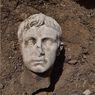 Penemuan Kepala Marmer Raja Pertama Roma Berusia 2.000 Tahun di Kota Bersejarah