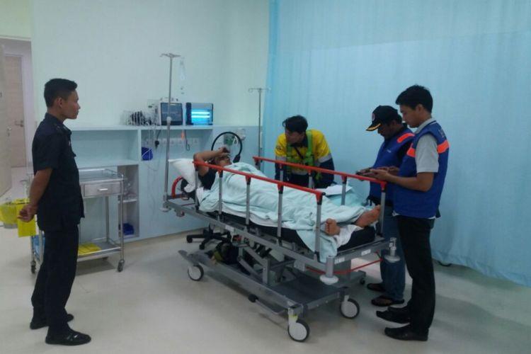 Salah satu korban robohnya konstruksi LRT di Pulogadung, Jakarta Timur, Senin (22/1/2018).