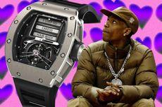 Pesan Nakal di Jam Tangan Richard Mille Milik Rapper Travis Scott