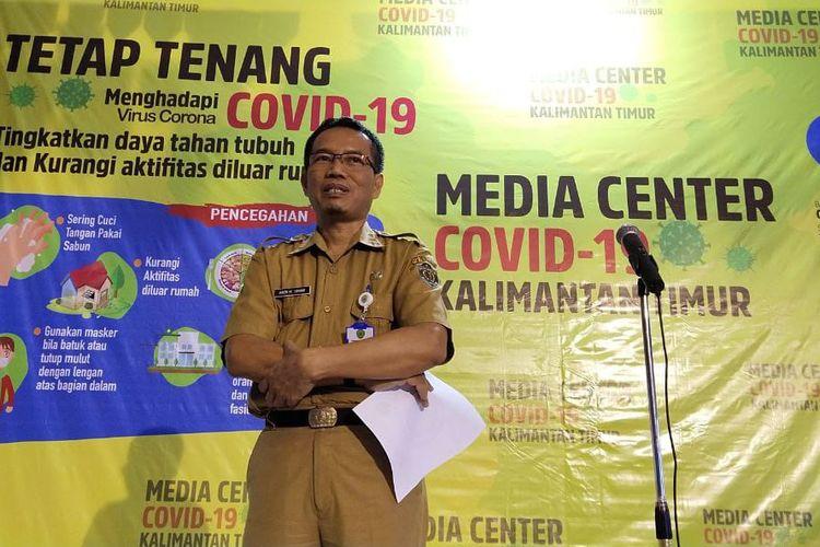 Plt Kepala Dinas Kesehatan Kaltim, Andi Muhammad Ishak saat memberi keterangan pers di Kantor Dinas Kesehatan Kaltim, Samarinda, Selasa (31/3/2020).