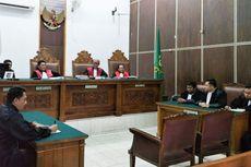 JPU Tak Hadirkan Gatot Brajamusti, Hakim Tunda Pembacaan Tuntutan