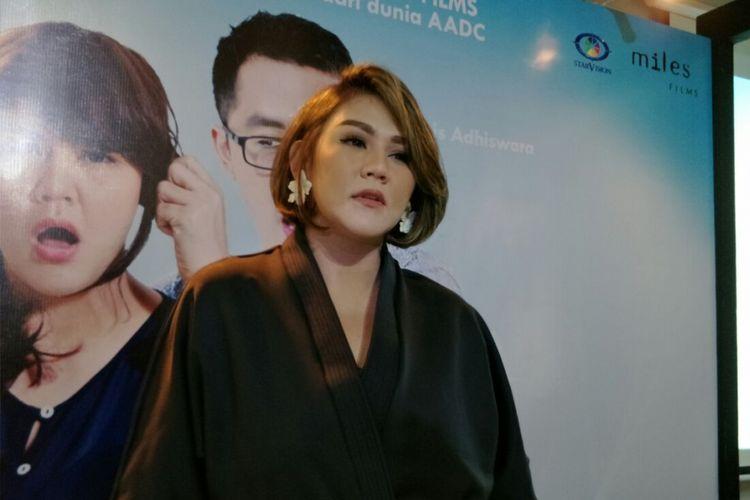 Sissy Priscillia saat ditemui usai jumpa pers film Milly dan & Mamet di Menara Kibar, Cikini, Jakarta Pusat, Kamis (22/3/2018).