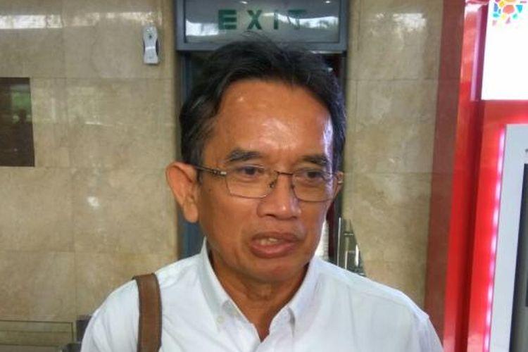 Direktur Utama PT Dirgantara Indonesia (Persero) Budi Santoso di Kementerian BUMN, Jakarta, Selasa (24/1/2017).