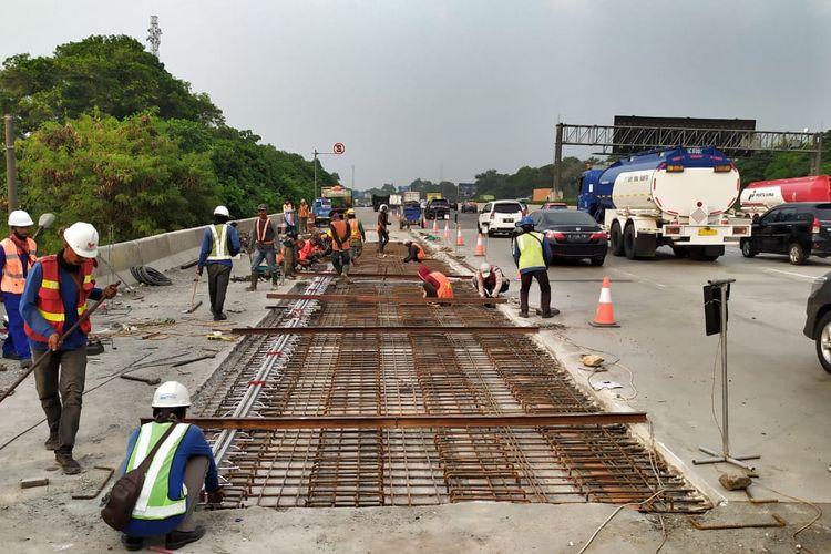 Perbaikan Jembatan di Tol Jagorawi