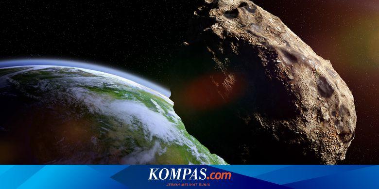 3 Asteroid Seluas Lapangan Sepak Bola Baru Saja Me