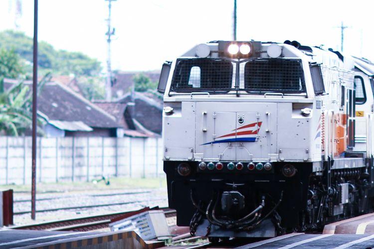 Ilustrasi - kereta api dari PT KAI