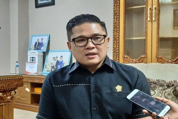 Wakil Ketua DPRD Sulut dari Fraksi Partai Demokrat Billy Lombok