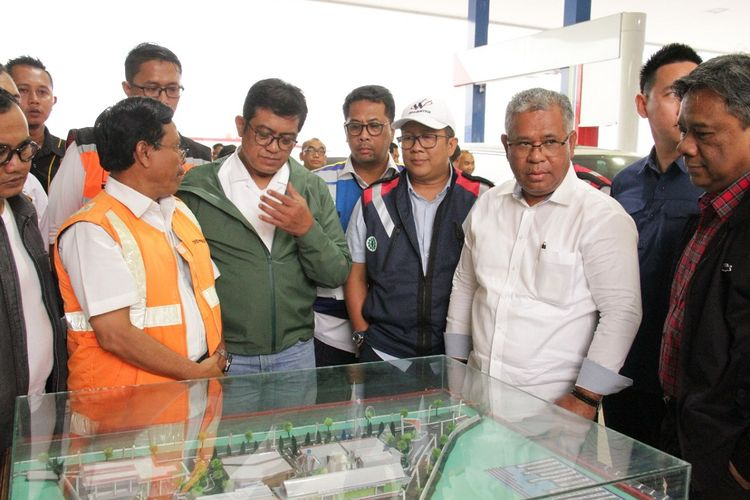 Kantor Staf Presiden bersama PT Jasa Marga (Persero) Tbk melaksanakan Susur Jalan Tol Trans-Jawa untuk melihat persiapan yang telah dan akan dilakukan untuk menyambut arus mudik dan balik Lebaran 2019.
