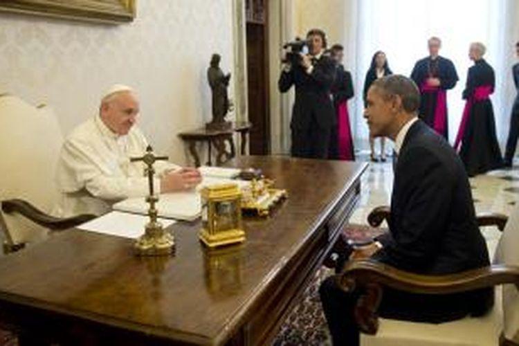 Paus Fransiskus bertemu Presiden AS Barack Obama di Vatikan, Kamis (27/3/2014).