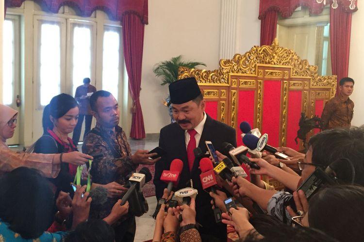 Rusdi Kirana usai dilantik menjadi dubes Malaysia oleh Presiden Joko Widodo di Istana Negara, Jakarta, Kamis (18/5/2017).