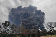 Selasa Siang, Kebakaran Kilang Minyak Pertamina Balongan Belum Padam