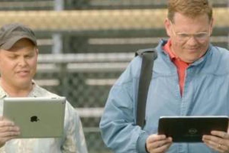 Cuplikan adegan iklan iPad versus Windows 8