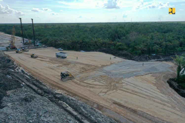 Tol Padang-Sicincin ditargetkan beroperasi pada Desember 2021.