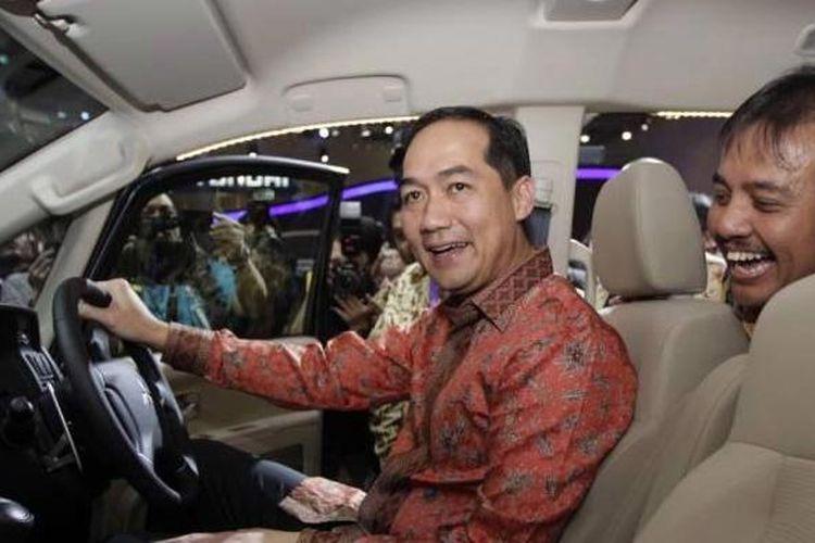 Muhammad Lutfi saat menjabat Menteri Perdagangan di pameran Indonesia International Motor Show 2014, di JIExpo, Kemayoran, Jakarta , Kamis (18/9/2014).