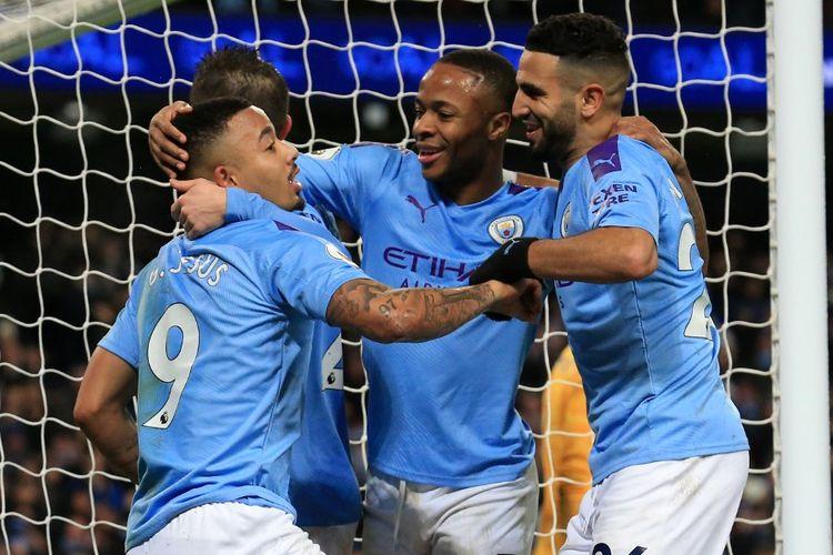 Gabriel Jesus, Raheem Sterling, RIyad Mahrez pada laga Manchester City vs Leicester City di Stadion Etihad, Minggu (22/12/2019) dini hari WIB.