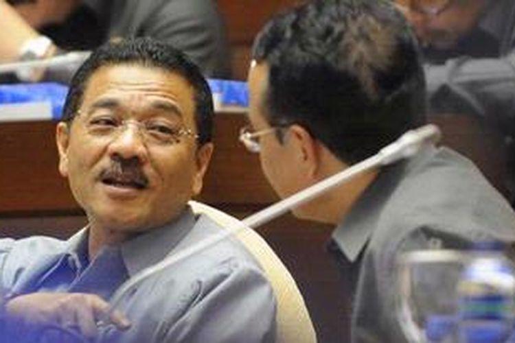 Menteri Dalam Negeri Gamawan Fauzi. KOMPAS/HENDRA A SETYAWAN